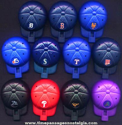 ©2001 Cracker Jack Baseball Team Logo Cap Whistle Prizes