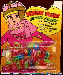 Mint Unopened �1971 Hanna-Barbera / Penelope Pitstop Jewelry Kit