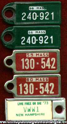 (5) Old Key Chain License Plate Charms