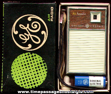 Old Boxed General Electric AM Transistor Radio