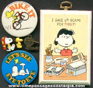 (5) Snoopy / Peanuts Items