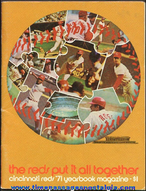 1971 Cincinati Reds / Riverfront Stadium Baseball Year Book