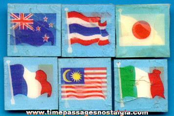 (6) Old Gum Ball Machine Prize Flicker / Lenticular Flag Squares