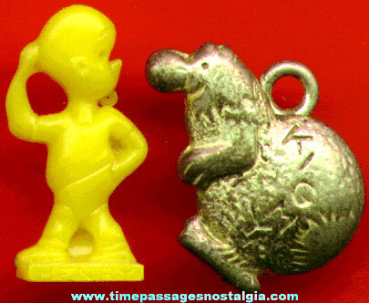 (2) Different Old Scarce Comic Strip Character Bubble Gum Machine Charms