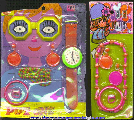 (2) Old Toy Jewelry Kits On Cards