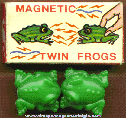Boxed Set Of Novelty Magnetic Twin Frogs
