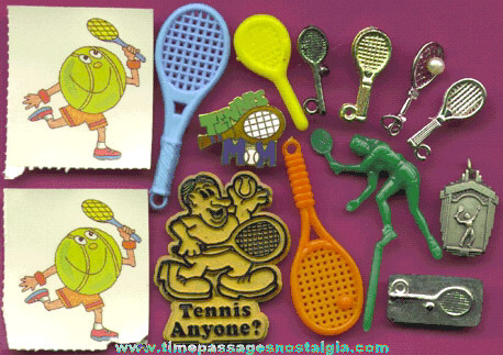 (14) Small Tennis Related Items