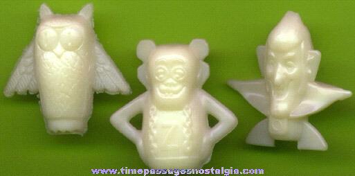 (3) General Mills Monster Cereals Glow In The Dark Pencil Tops