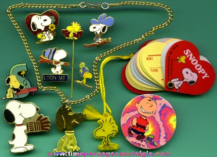 (10) Small Peanuts / Snoopy Items