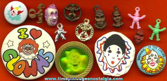 (15) Small Clown Related Items