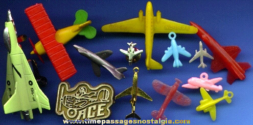 (13) Small Airplane Items