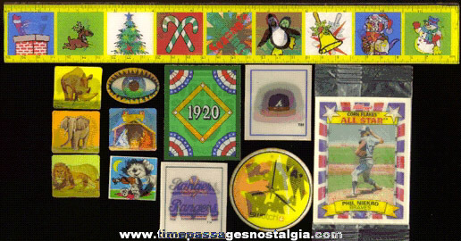(12) Different Flicker, 3-D, Or Lenticular Items