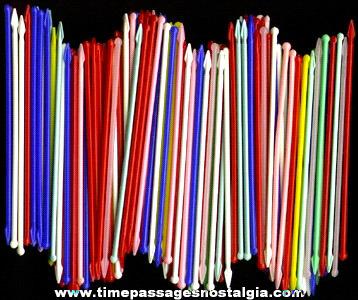 (153) Colorful Old Plastic Drink Stir Stick / Picks