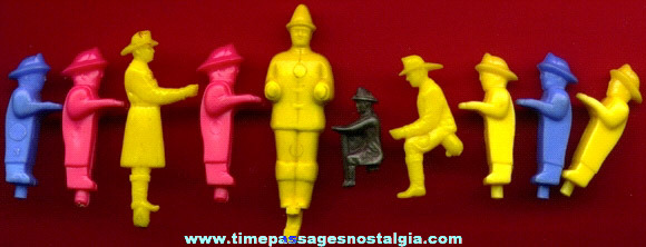 (10) Old Fireman Toy Parts