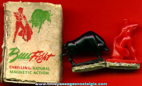Old Bullfight Novelty Magnet Toy