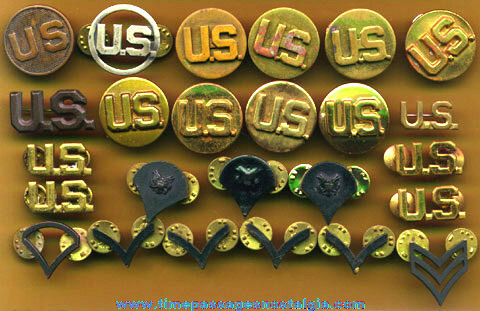 (25) United States Army Uniform Pins & Screw Back Buttons