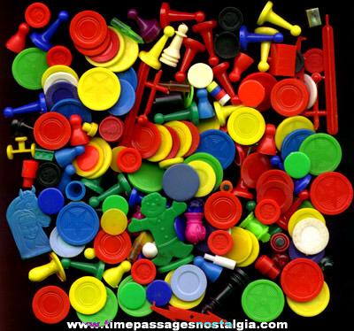 (172) Mixed Plastic Game Parts