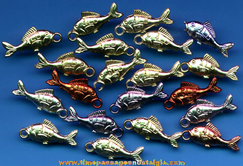 (20) 1960's Gum Ball Machine Prize Fish Charms