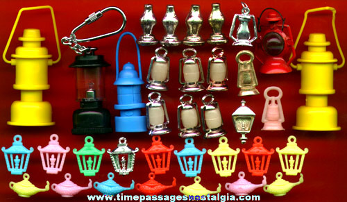 (35) Miniature & Charm Toy Lanterns