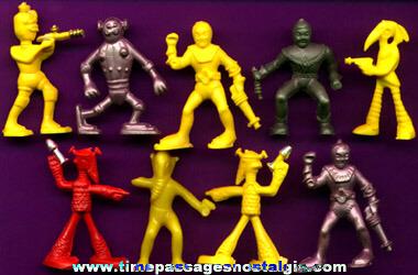 (9) 1953 Captain Video Cereal Prize Space Alien Figures