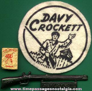 (5) Old Davy Crockett Character Items