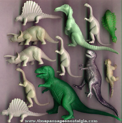 (12) Old Dinosaur Play Set Figures