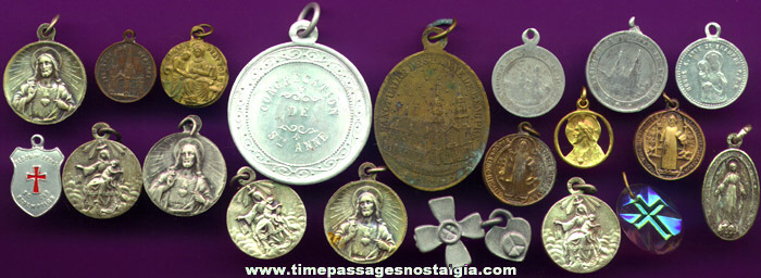 (20) Religious Medals / Charms