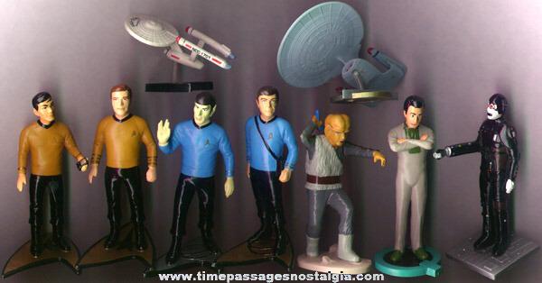(11) Different Star Trek Items