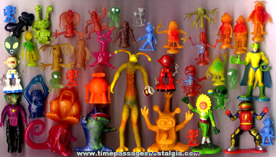 (39) Small Aliens, Space Creatures, And Monsters