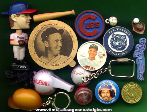 (15) Small Old Baseball Related Items