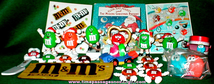 (22) M&M's Candy Advertising Character Toy Items