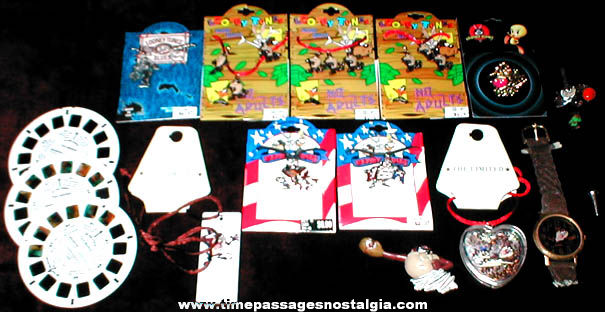 (15) Warner Brothers Looney Tunes Tasmanian Devil Items