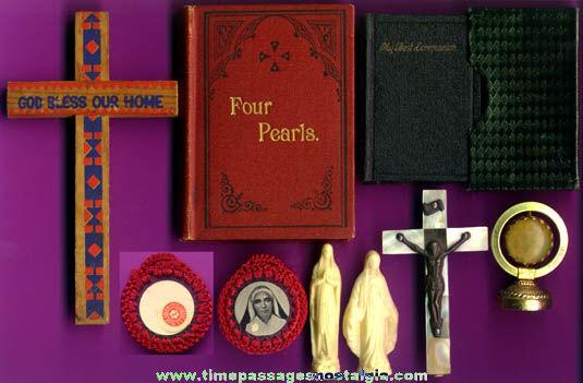 (8) Small Old Catholic / Christian Religious Items