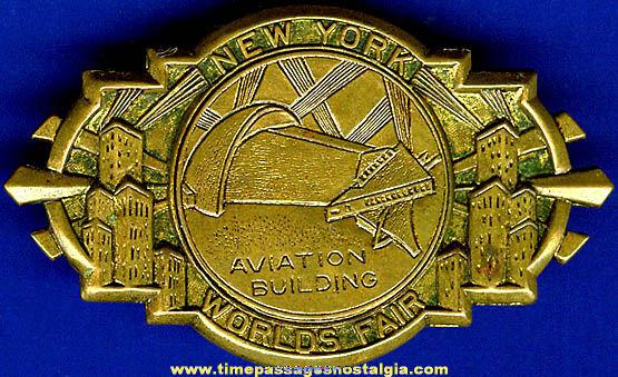 1939 - 1940 New York World's Fair Aviation Building Brass Badge / Pin