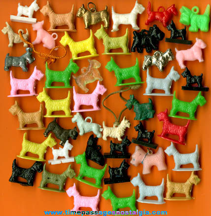 (45) Small Old Scottie Dog Items