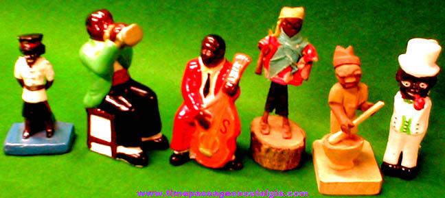 (6) Small Black Figures / Figurines