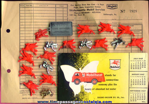 (21) Old Mobil Gasoline Advertising Items