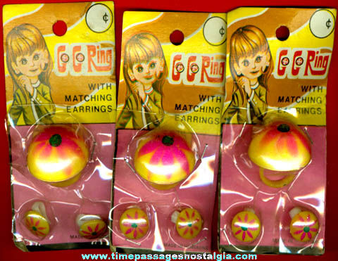 (3) Unopened 1960's - 1970's Go-Go Toy Rings With Matching Earrings