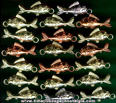 (23) Old Fish Gum Ball Machine Prize Charms