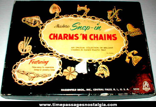 Old Boxed Hasbro Charms 'n Chains Charm Bracelet Making Kit