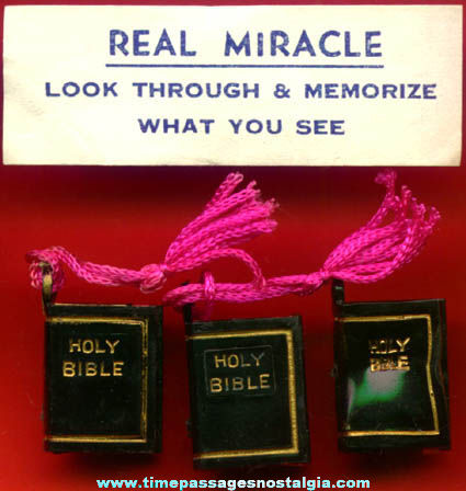(3) 1960s Gum Ball Machine Prize Bible Viewer Charms With Bonus