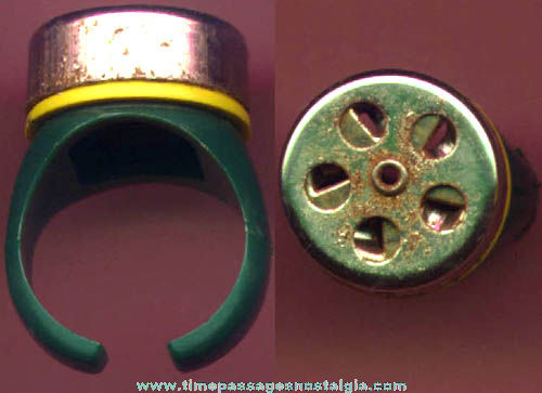 1957 Quaker Cereal Toy Premium or Prize Siren Whistle Crazy Ring