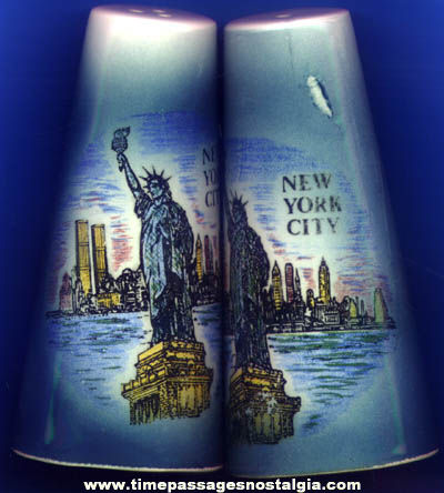 Old Statue of Liberty New York City Souvenir Salt & Pepper Ceramic Shaker Set