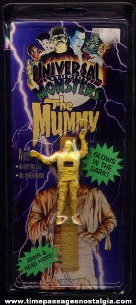 Unopened Universal Studios Monster Mummy Glow In The Dark Wrist Watch