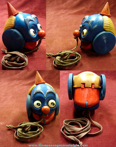 Really Weird Toys : Very strange old hard plastic mechanical clown head pull