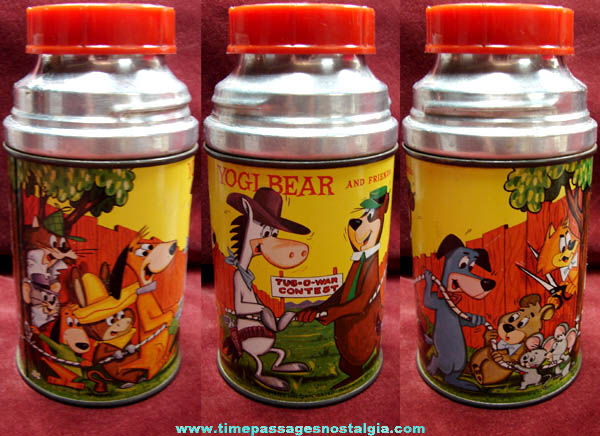 Colorful ©1961 Hanna Barbera Cartoon Characters Metal Aladdin Thermos Bottle