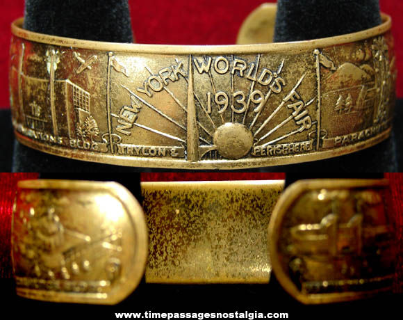 1939 New York World's Fair Advertising Souvenir Jewelry Bracelet