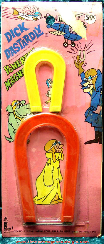 Unopened ©1973 Dick Dastardly Toy Magnet Set