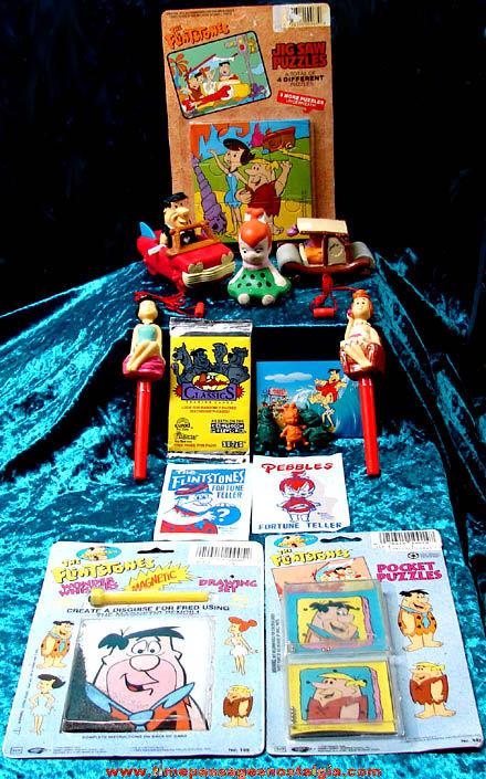 (15) Different Old Flintstones Cartoon Character Items