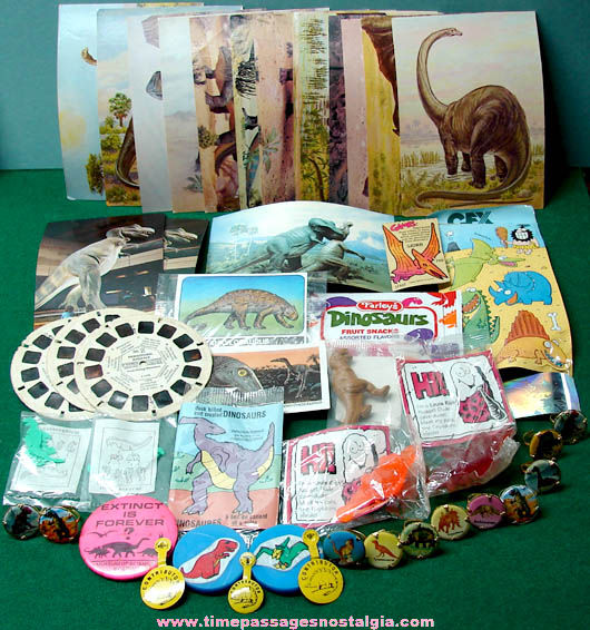 (50) Small Dinosaur Related Items